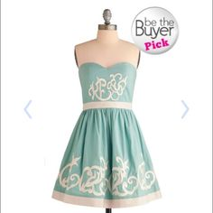 Modcloth royal icing dress Strapless mint embroidered strapless dress. Size small. ModCloth Dresses Strapless