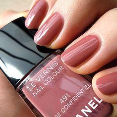 Chanel #491 Rose Confidentiel (pink/brick red/smoky)