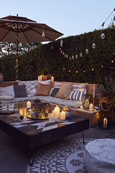 Create that cosy evening ambience in your back garden and set the mood with some calming candles and fab festoons. Outdoor Candles, Outdoor Lighting, Garden Lighting Ideas, Patio Bohemio, Outdoor Seating Areas, Outdoor Living Areas, Outside Seating Area, Garden Seating Areas, Patio Seating