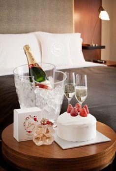 Mumm Champagne I believe!