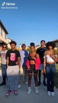 Dance Choreography Videos, Dance Videos, Lightskin Boys, Princeton Perez, Black Girls Videos, Girly Drawings, Dance Humor, Best Friend Photos, Music Mood