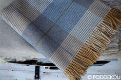 Luxusný prehoz z jahňacej vlny modro – hnedý | PODDEKOU Wool Blanket, Blankets, Luxury, Fleece Blanket Edging, Blanket, Cover, Comforters