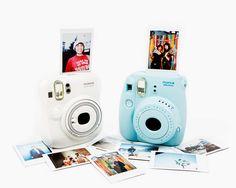 Accesorios chic para tus gadgets. Instax Mini Instant Camera de Fujifilm, a la venta en Photojojo.com