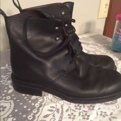 Eddie Bauer black boots Excellent condition made in Italy Eddie Bauer black boots size 8 1/2 Eddie Bauer Shoes Over the Knee Boots