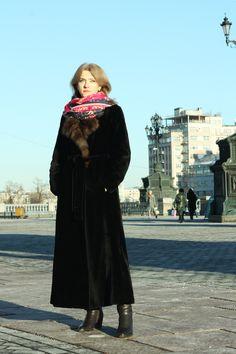 Oxana Lychagina's silk shawl