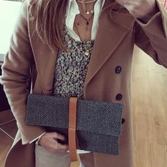 Shameless Selfie with Vitória Clutch! Order the clutch here: http://bjoy.pt/index.php/product-category/vitoria-en/ #bjoy #clutch #ootd #selfie #style #lifestyle #casual