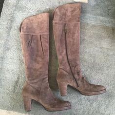 Sexy suede designer boots, above knee. These are absolutely stunning boots. The suede is a neutral color that is somewhere between grey and purple.  Wear them with black, brown or grey. They go with almost anything. Expertly made in Italy by Alberto Fermani.  These boots are in excellent like new condition as I only wore them one time. They are a size 9 1/2. A size 9 could wear them as well. The heel is 3 inches. The height of the boot is 22 inches. Alberto Fermani Shoes Over the Knee Boots