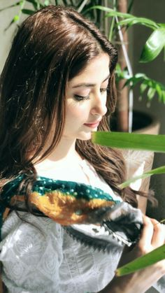 Pakistani Fashion Casual, Pakistani Girl, Pakistani Actress, Pakistani Outfits, Best Friend Pictures Tumblr, Sajjal Ali, Baby Girl Photos, Stylish Girl Pic, Cute Actors