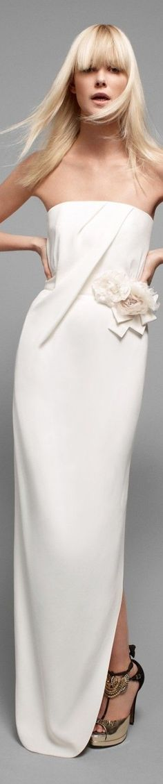 ℳiss Willow White adores all things White Poppy Pea Paule Ka Skirt Fashion, Fashion Dresses, Fashion Clothes, Armani Prive, White Lace, White Dress, White Elegance, Alexander Mcqueen, Suit Accessories