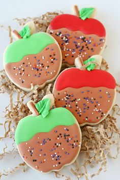 Cute Caramel Apple Decorated Cookies - by glorioustreats.com