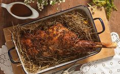 Lammkeule in Bergkräuterheu Kraut, Pork, Turkey, Leg Of Lamb Recipe, Hay, Meat, Food Food