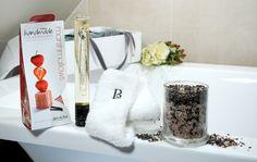 Carabella's Pure Indulgence gift box is the perfect treat for someone special this Christmas.