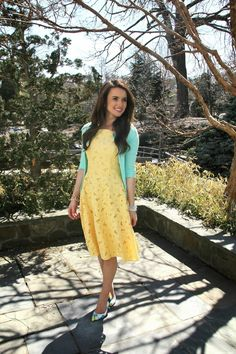 mint, sunshine yellow lacy dress, and floral pumps. Love!