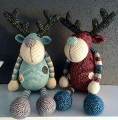 Renos (Reindeer) by Stip & Haak Crochet Deer, Crochet Quilt, Knit Or Crochet, Cute Crochet, Crochet Animals, Crochet Amigurumi, Amigurumi Patterns, Crochet Dolls, Knitting Patterns