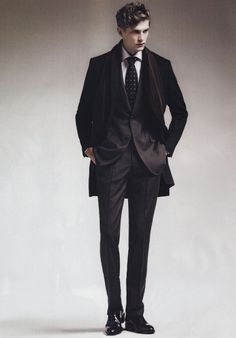 Style classic elegant men 62 new ideas Mode Man, Pose Reference Photo, Standing Poses, Poses References, Elegant Man, Male Poses, Action Poses, The Villain, Gothic Fashion