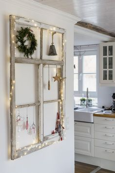 latest pictures farmhouse christmas tips funny angel diy for christmas or . , latest pictures farmhouse christmas tips funny angel diy for christmas or new wire angel, pomponetti Christmas Porch, Christmas Deco, Christmas Nails, Green Christmas, Christmas Stockings, Ideias Diy, Vintage Windows, Porch Decorating, Ladder Decor