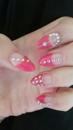 Pink bling gel nail extentions