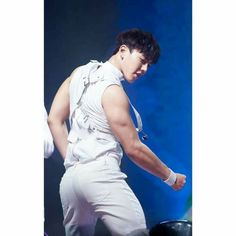 Monsta X Shownu That booty though Jooheon, Hyungwon, Kihyun, Monsta X Wonho, Sexy Asian Men, Sexy Men, Asian Guys, John Legend, Running Man