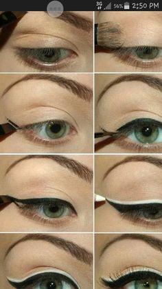 Eyeliner/ white & black