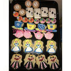 Tiffanys Homemade on Facebook  Alice in wonderland cookies