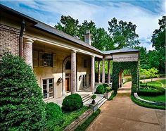 """Rayna's house from TV Show """"Nashville"""" for sale"""