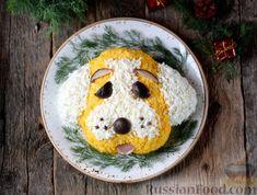"""Фото приготовления рецепта: Новогодний салат """"Собачка"""" с копченой курицей и грибами - шаг №12"""