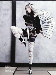 Martial Arts Soo Joo by Hyea-Won Kang for Vogue Korea June 2013 [Editorial] - Fashion Copious Arte Fashion, Fashion Poses, Asian Fashion, Editorial Fashion, Fashion Design, Female Fashion, Fashion Beauty, Vogue Korea, Gothic Fashion Photography