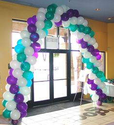 How to make a Balloon Arch and Balloon Columns | Celebrate The Day in Franklin, TN 37064