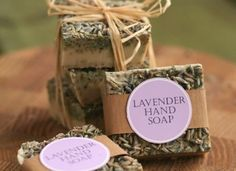 Lavender soap recipe for melt-and-pour soap base. Includes free printable labels…