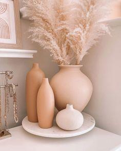Room Ideas Bedroom, Bedroom Decor, Home Interior Design, Interior Decorating, Aesthetic Room Decor, Beauty Room, Home Decor Inspiration, Decor Ideas, Living Room Decor