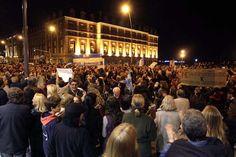 Mar del Plata. Miles de personas se agruparon en los principales centros demográficos para manifestarte contra el Gobierno. Foto:LA NACION/Mauro V. Rizzi