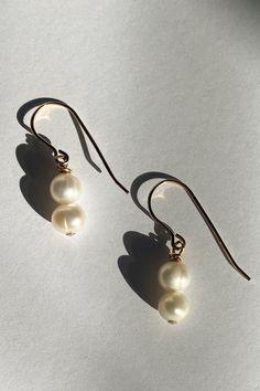 Fall Jewelry, Trendy Jewelry, Summer Jewelry, Jewelry Gifts, Single Pearl Necklace, Pearl Drop Earrings, Dangle Earrings, Fashion Group, Women's Fashion