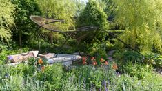 From plants to design to landscaping, we've compiled the best trending ideas from the RHS Chelsea Flower Show 2018 that you can use as inspiration for your own outdoor space. Annual Flowers, Big Flowers, Garden Show, Summer Garden, Dream Garden, Yorkshire, Chelsea Flower Show 2018, Rhs Chatsworth, Rhs Hampton Court