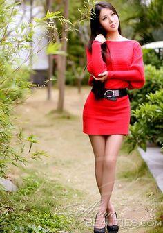 Curtir nossa galeria de fotos!  Dê uma olhada em Wanling mulher asiática lindo