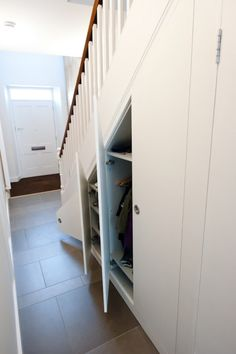 Small Cupboard Design Ideas Under Stairs Shoe Storage Under Stairs, Closet Under Stairs, Space Under Stairs, Staircase Storage, Under Stairs Cupboard, Stair Storage, Basement Stairs, Entryway Storage, Staircase Ideas