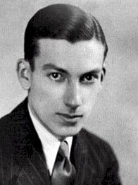 Hoagy Carmichael from Stanford site:  http://riverwalkjazz.stanford.edu/program/star-dust-music-hoagy-carmichael.