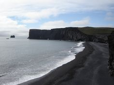 Viewing the black beach from Dyrhólaey - South Iceland #TripInIceland