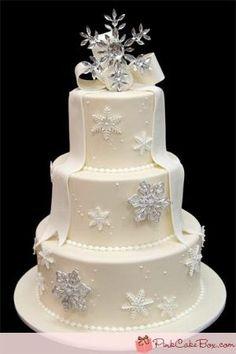 Anniversary Snowflake Cake by Pink Cake Box in Denville, NJ. More photos… Snowflake Wedding Cake, Christmas Wedding Cakes, Holiday Cakes, Winter Torte, Winter Cakes, Winter Wonderland Cake, Pink Cake Box, Chocolate Raspberry Cake, Chocolate Cake
