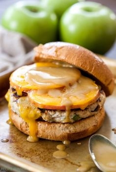 20 oz turkey, make 6 patties! Say goodbye to dry, flavorless turkey burgers and hello to these juicy Apple Cheddar Turkey Burgers! Sliced apples, cheddar cheese and maple dijon mustard are the perfect sweet and savory toppings! Hamburgers, Turkey Burger Recipes, Cooking Recipes, Healthy Recipes, Apple Recipes, Healthy Meals, Albondigas, Wrap Sandwiches, Sliced Apples
