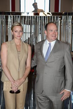 Los príncipes Alberto II y Charlen de Mónaco en el Museo Oceanográfico el 10 de Junio de 2013.