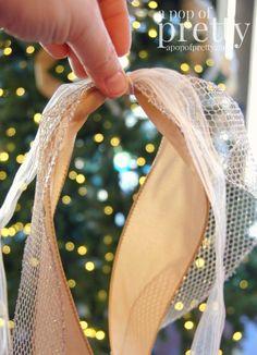 how to add ribbon to a Christmas tree Ribbon On Christmas Tree, Noel Christmas, Rustic Christmas, Christmas Projects, Winter Christmas, Outdoor Christmas, Canadian Christmas, Christmas Lights, Decorated Christmas Trees