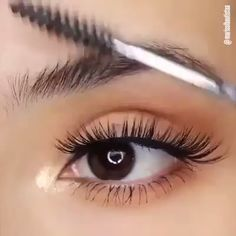 makeup remover pads makeup app makeup looks for brown eyes eye makeup cause chalazion makeup 2018 makeup inspiration makeup remover target makeup tutorial Eyebrow Makeup Tips, Makeup Eye Looks, Eye Makeup Tips, Smokey Eye Makeup, Skin Makeup, Makeup Inspo, Makeup Inspiration, Makeup Eyebrows, Makeup List