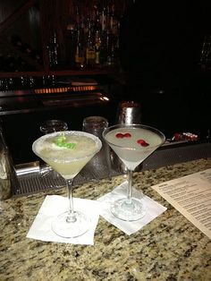 Bonefish Grapefruit & Basil Martini & Winter White Cosmo