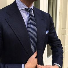 """Our best selling Viola Milano """"Cube Pattern self-tip silk - Navy"""" is back in stock today at www.violamilano.com #violamilano #handmade #madeinitaly #luxury #style #menswear"""