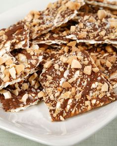 can't get much easier than a 4 ingredient recipe for #passover 'Nutty Chocolate Matzo Crunch