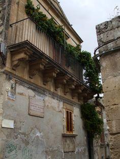 Modica, Sicilia Itinerari letterari- casa di Salvatore Quasimodo, Premio Nobel per la Letteratura nel 1959.
