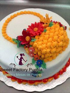 Pastel canasta de flores Sweet Factory Puebla Chef Luciana Proietti Cake´s Designer