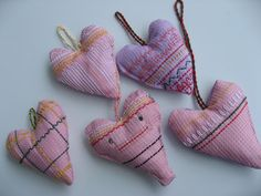 Vohvelisydän Fabric Hearts, Textile Fabrics, Little Ones, Coin Purse, Wallet, Purses, Kids, Pocket Wallet, Handbags