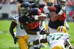 The #Cardinals come to Soldier Field to face the #Bears. Here is a quick preview and some insight on the Week 1 loss http://abt.cm/1Lkv8mM