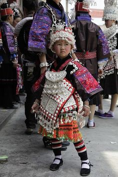 贵州苗族人像(The People of Miao nationality in Guizhou China) by sirwj, via Flickr